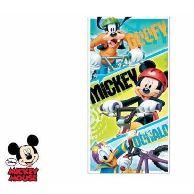 Mickey egér fürdőlepedő szörfös